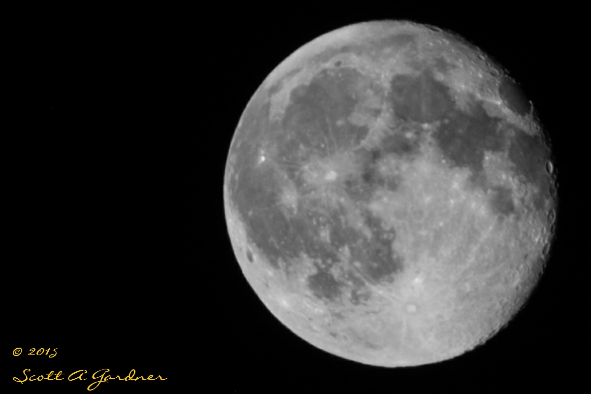 b&w_moon_aug_1st_2015